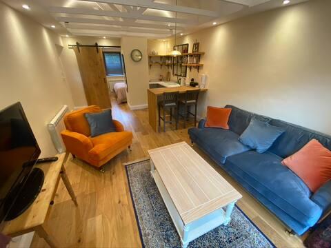 Newly renovated Studio annexe