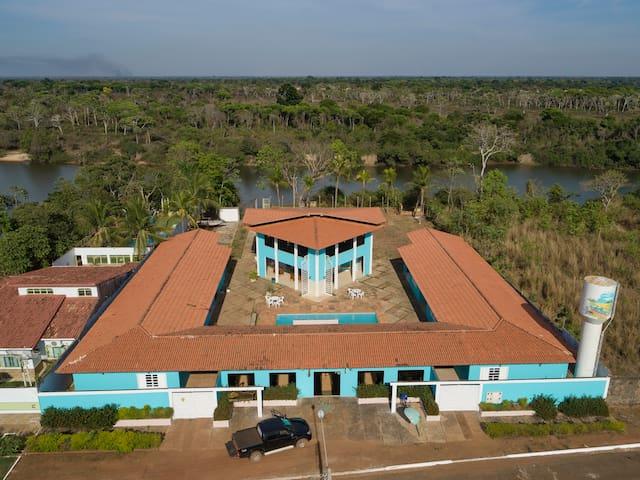 Vista Aérea do condomínio Sonho Meu as margens do Rio do Coco afluente do Araguaia