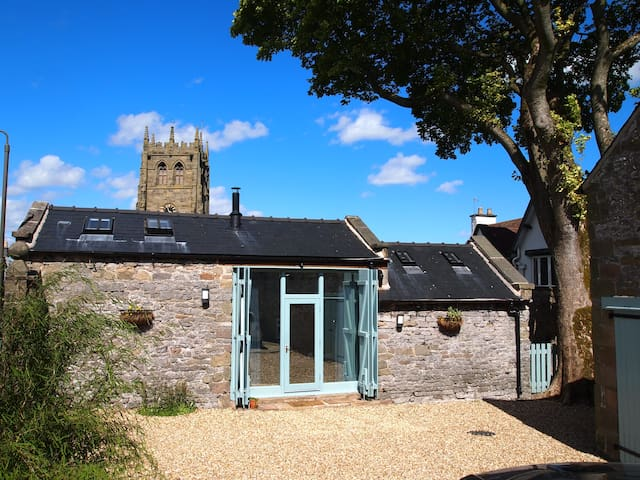 Old Vicarage Barn, Youlgrave, Nr Bakewell,