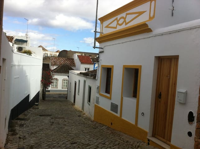 Typical house Tavira to rent - Tavira - House