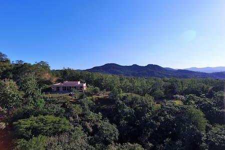 Villa de Shira - Playa Junquillal