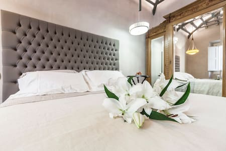 Cavour37 Superior Suite sleeps 2+2 - Firenze - Loft