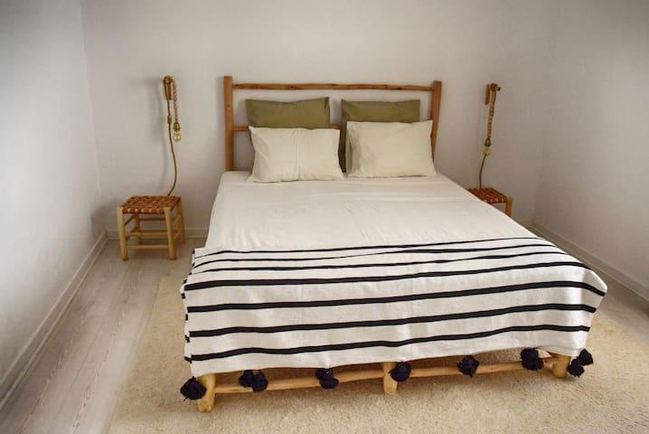 Bedroom in Faro Historical Center (4)