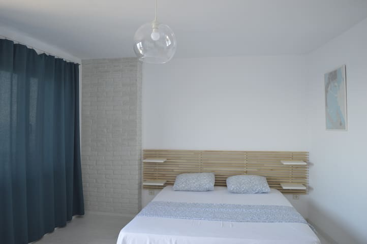 Double room with seaview - Deep Blue Guesthouse