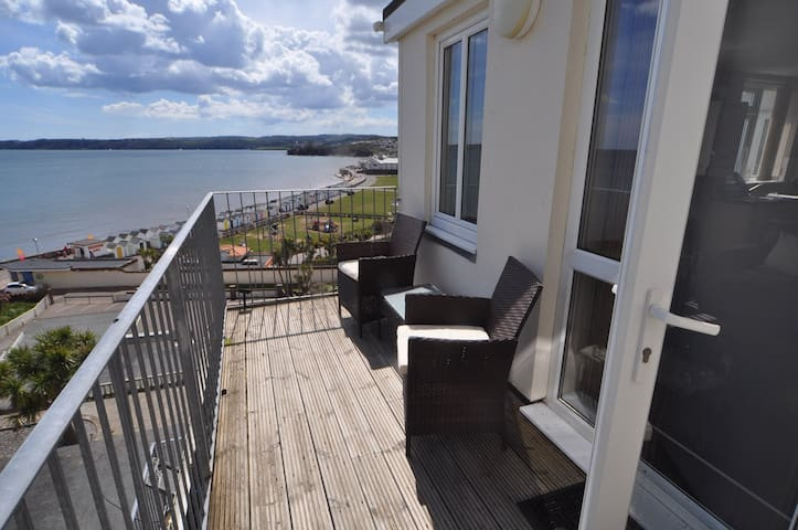 Vista Apartments, Goodrington Beach, Paignton