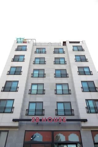 수원영통(망포역) 삼성디지털시티근처 깨끗하고 환한 sb하우스3 - Yeongtong-gu, Suwon - Casa
