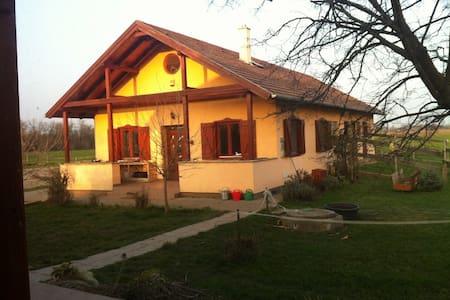 Csontos-Tóth tanya/Velencei-tó - Kápolnásnyék - Cabanya