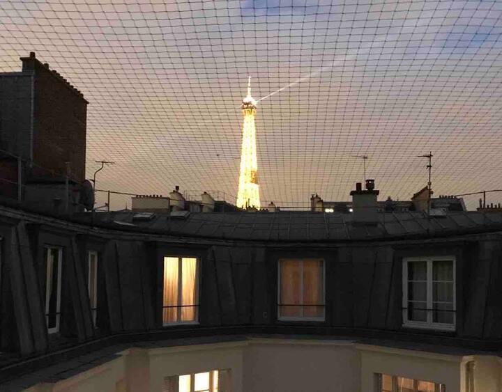 Cosy Studio Vue Tour Eiffel à Trocadéro
