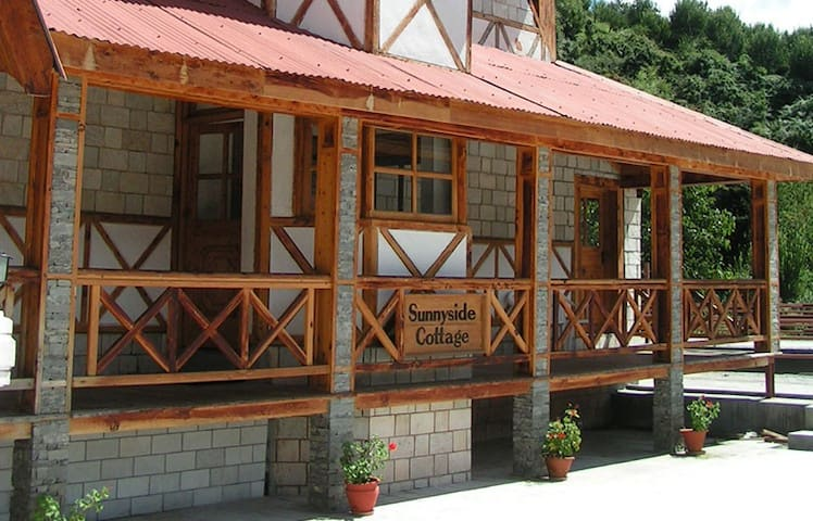 Sunny Side Cottage @ ManuAllaya Resort, Manali