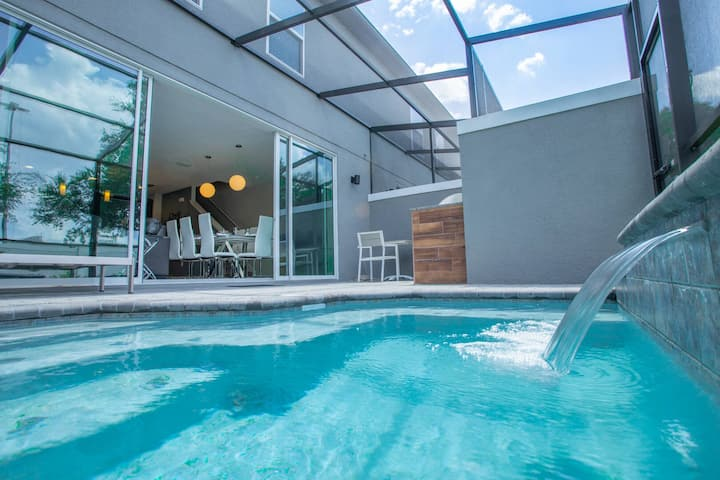 Modern 4BR Retreat Close to Disney and Outlets - 4448