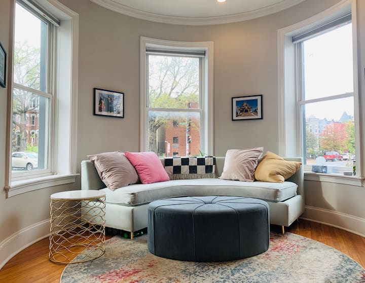 Luxurious Stay in Logan Circle