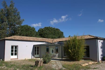 grande  villa de plain pied, - Béziers - วิลล่า