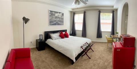 Rise To Red Rock 2 (Master Suite)