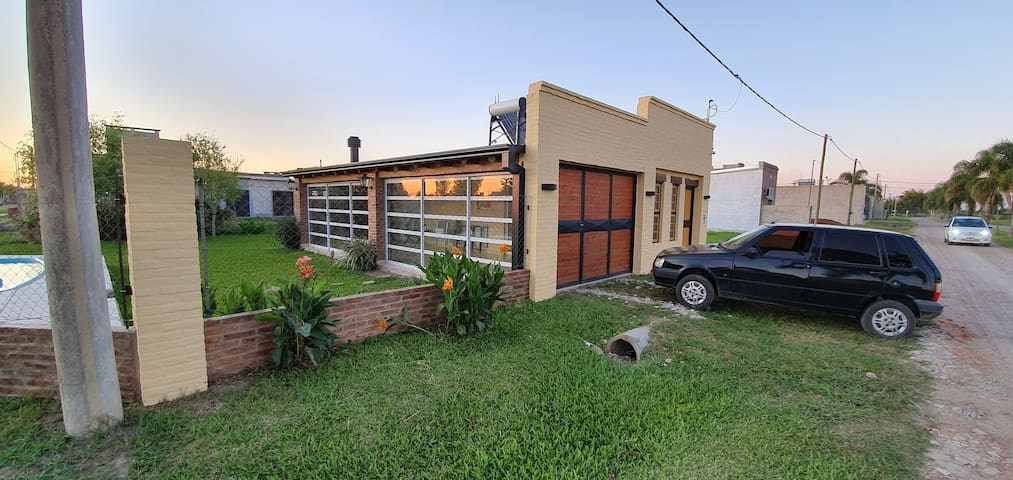 """""""Silencio"""" casa de finde (Pujato Norte, Sta Fe)"""