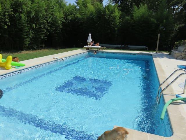 maison avec grande piscine - Velaux - Casa