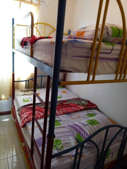 2 beds in 1 bedroom