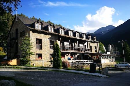 Alberg Les Daines - Habitación Doble
