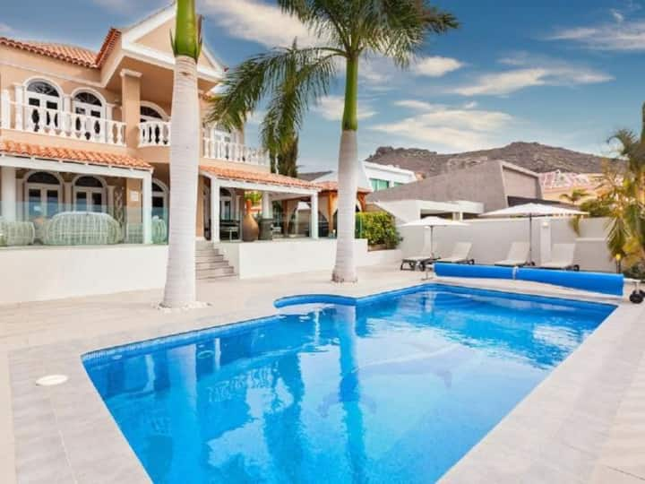 OCEAN PALM VILLA HEATED POOL