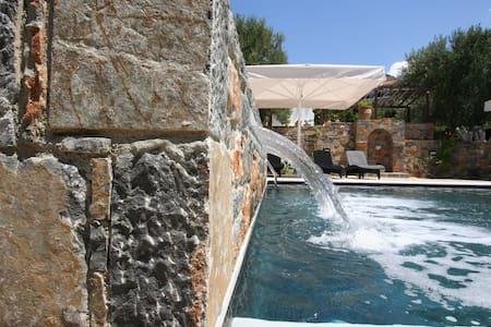 Villa Castello for 4-5 persons - Agios Nikolaos