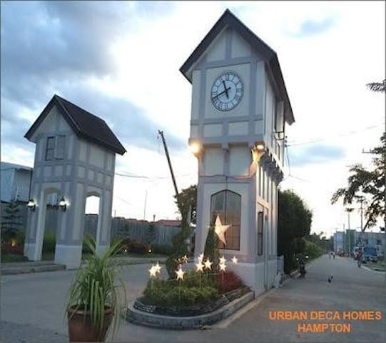 RVnV - 1 BR Condo in Imus Best Value for Money