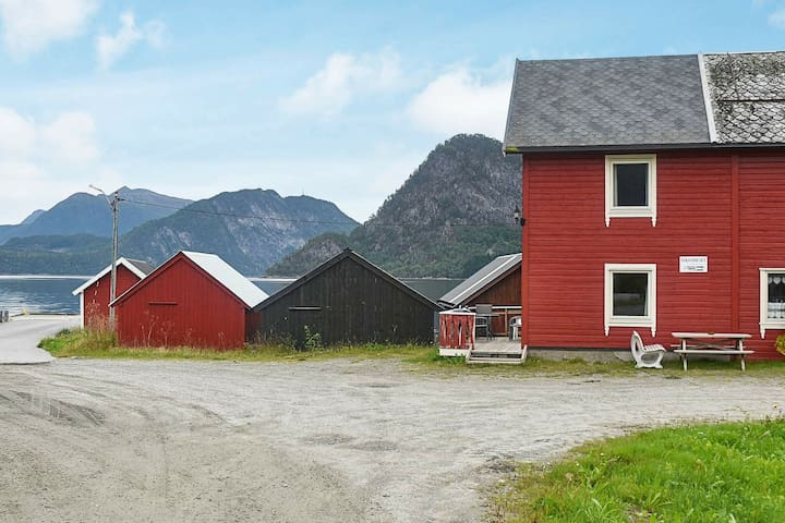 4 person holiday home in Måndalen
