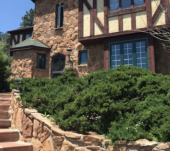 Colorado Bed & Breakfast in Evergreen - Evergreen