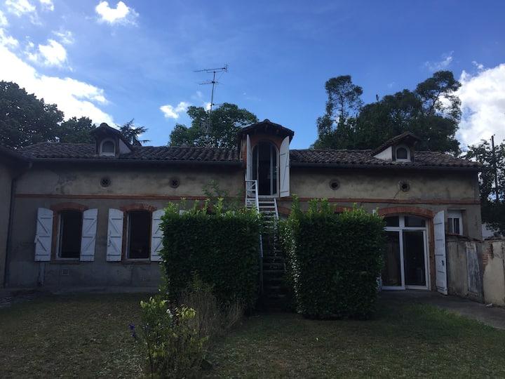 Toulouse : maison avec jardin