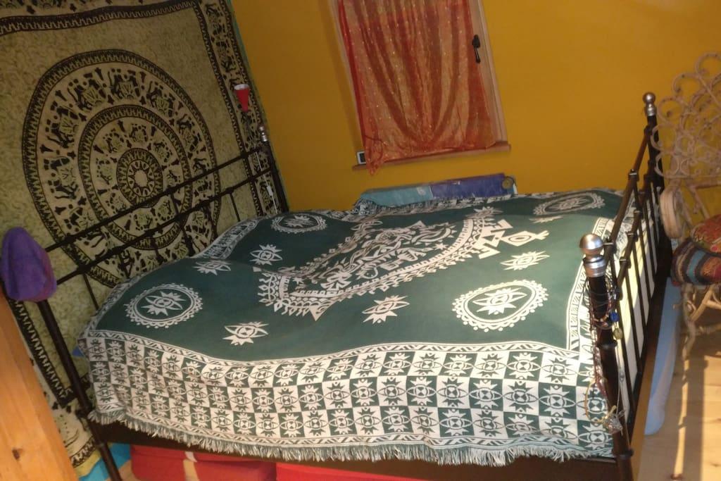 Das Bett - 1.6m x 2m