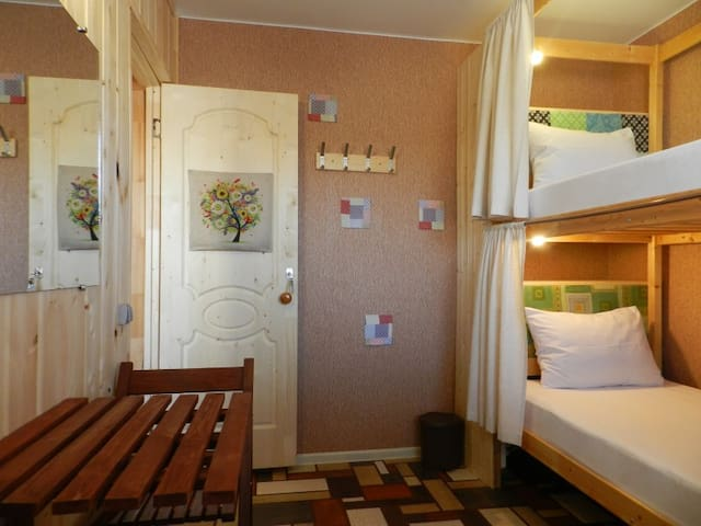Budget twin room. Patchwork GuestHouse