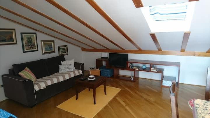 Mali Maj attic apartment