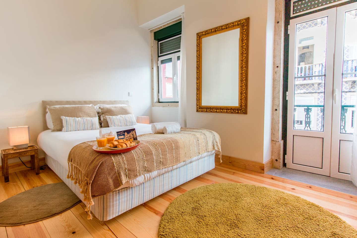 Bedroom with Comfortable King-Size Bed and City View