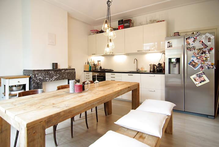 Great apartment Rivierenbuurt close to the RAI