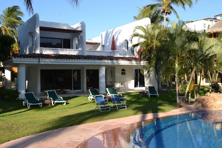 Son Vida House - Best location La Isla Shopping C.