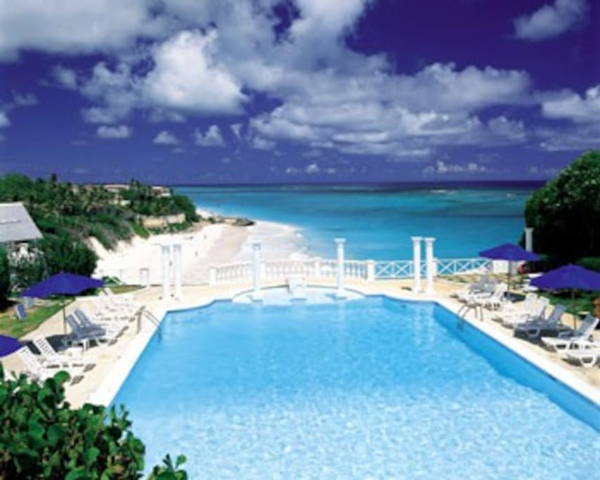 The Crane Historic Hotel Pool and Beach
