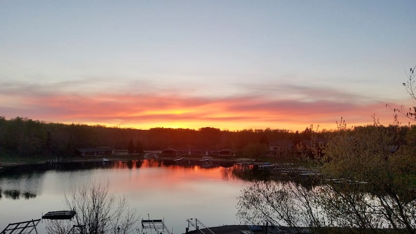 Beautiful Lake Home!!!