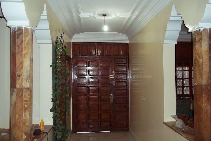 Traditional modern moroccan house - Temara - House