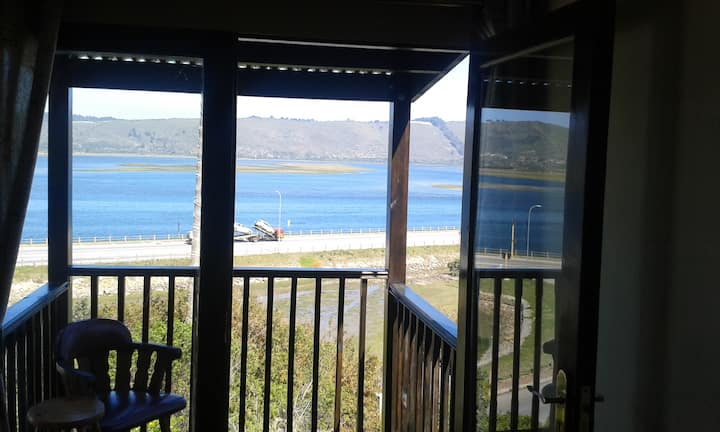 Lagoon Lodge - room 1