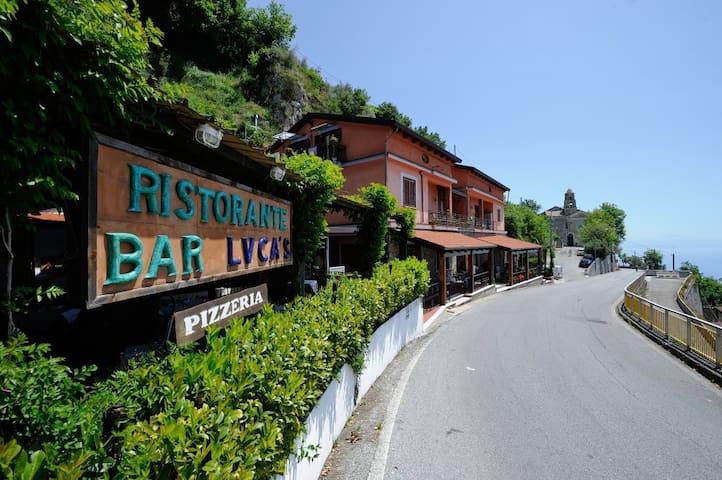 Casa Gelsomino Furore WIFI onthe road Amalfi Coast - Furore - Wohnung