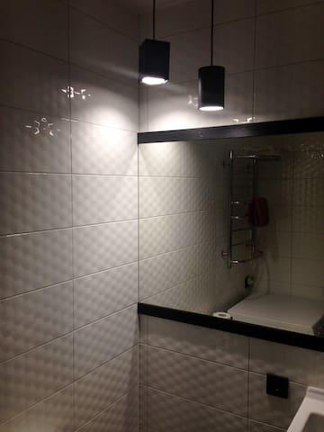 Электрический полотенцесушитель с регулированной мощностью