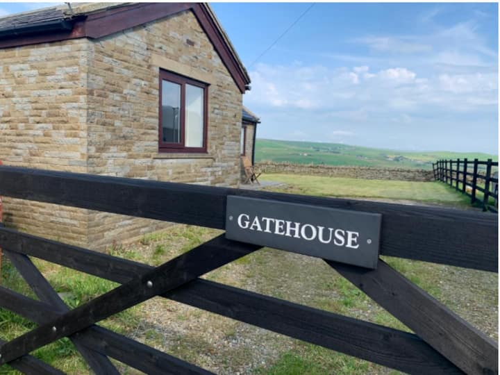 The Gatehouse - A Secluded, Countryside Retreat