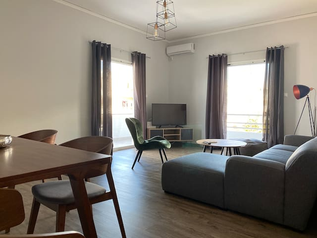 Renovated apartment next to medical centres/malls.