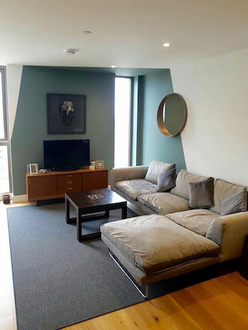 New 1 bed Apartment with views from the 7th Floor. - Croydon - Lägenhet
