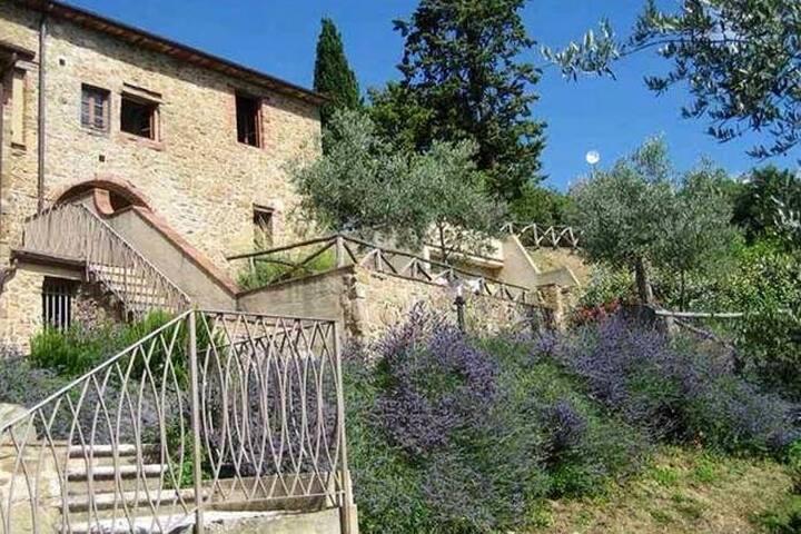 Borgo San Vincenti weddings in Chianti, big family - Castelnuovo Berardenga - Villa