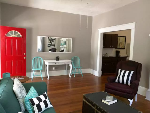 Unique Apartment in West Midtown - Great Location! - Atlanta - Apartament