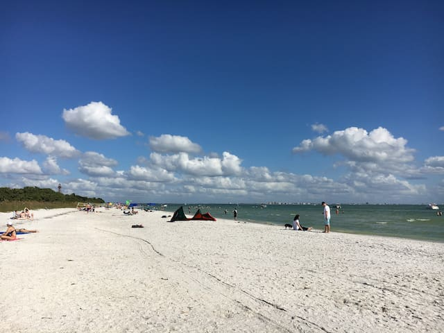 Sanibel Island Timeshare Available only 12/14-21.
