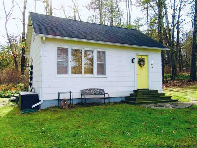 Classic Woodstock Cottage