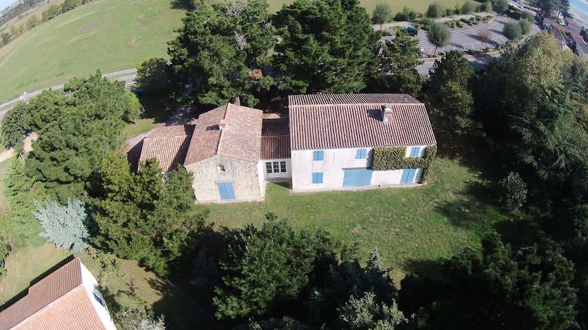 grande maison en bord de mer - Saint-Vincent-sur-Jard - Rumah