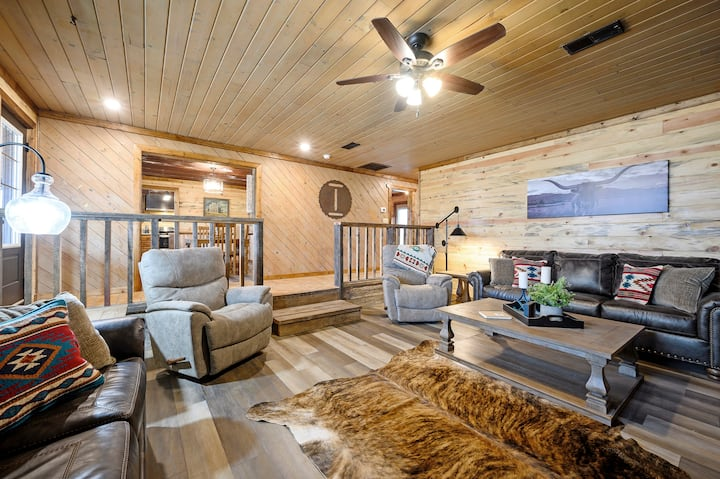 The Ranch House-Luxury Living in the Country