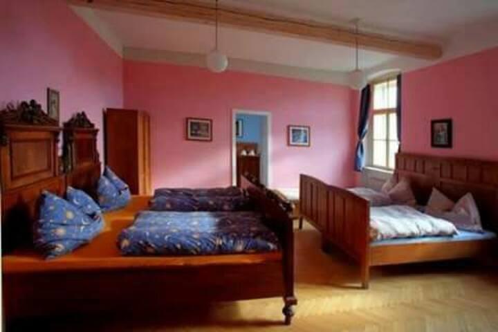 Ubytování v romantické  škole