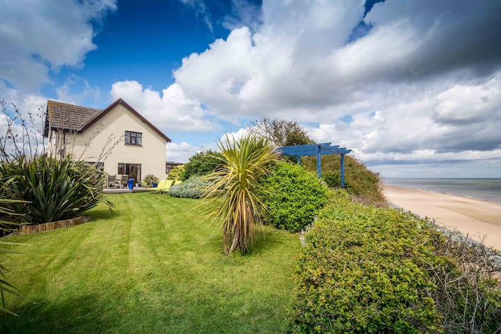 Beachside House - Norfolk - Talo